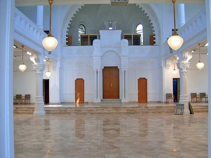 Szolnok synagogue interior