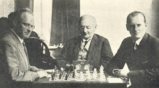 Aaron Nimzovich - Alexander Alekhine  Carlsbad, 1929