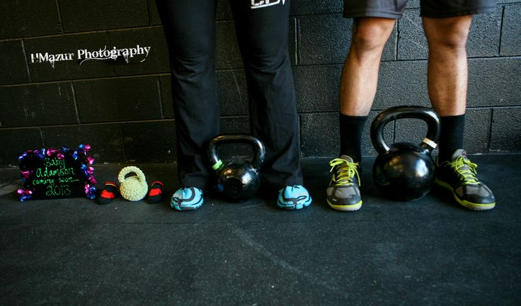 #Maternity #Kettlebell #Crossfit First time parents own a gym, they're waiting on there arrival to join in on the fun :)
