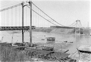 Construction du Pont Pierre-Laporte