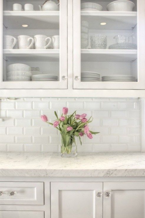 How to Choose the Right Subway Tile Backsplash : Ideas and More! White  Cabinets ...