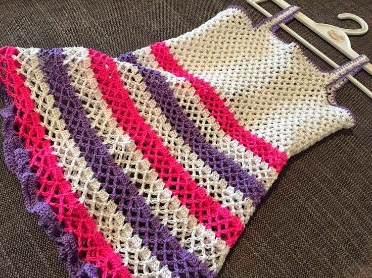 The Daily Knitter & Crocheter: Hard working weekend crocheter vs Muris & yarns