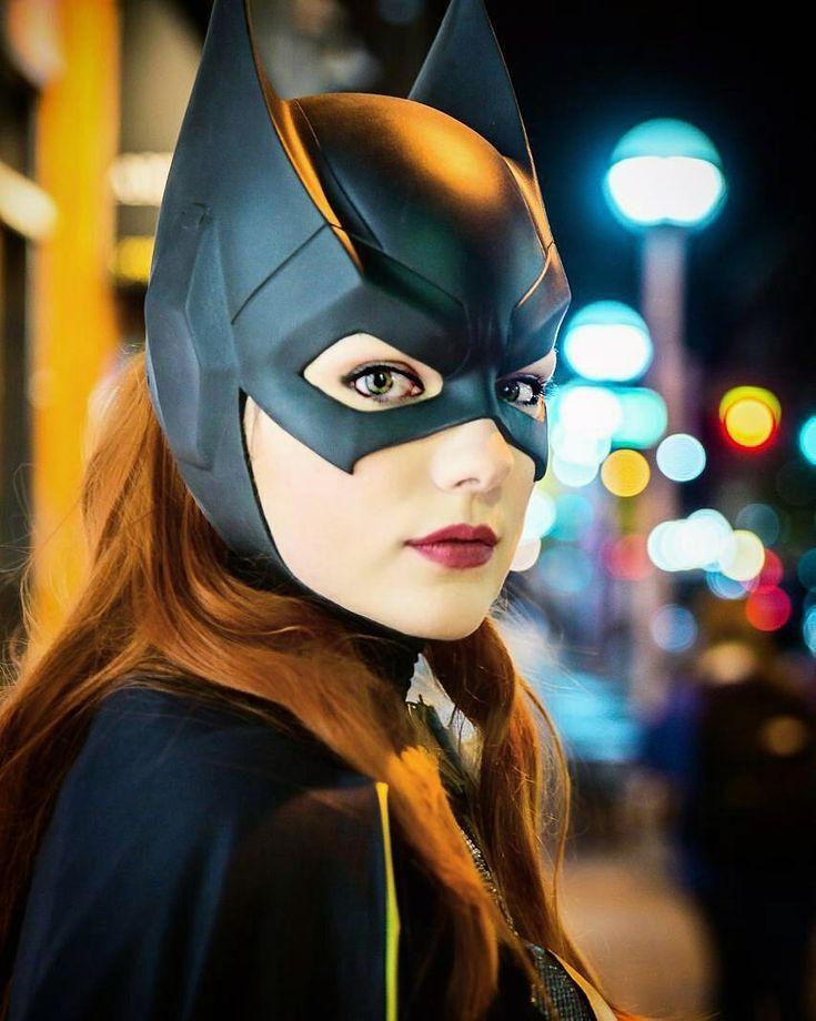 "1,582 Me gusta, 12 comentarios - DC COMICS™ (@harleyquinn_universe_) en Instagram: ""Every Batman needs a Batgirl |#Batgirl by @digitallyrhi | . . . . . ¡Have a great weekend! . .…"""