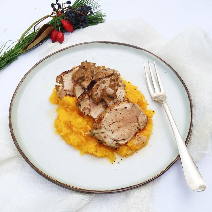 Varkenshaas is natuurlijk een echte klassieker en heerlijk met champignonsaus. Ik heb er in dit recept m'n eigen twist aan gegeven.