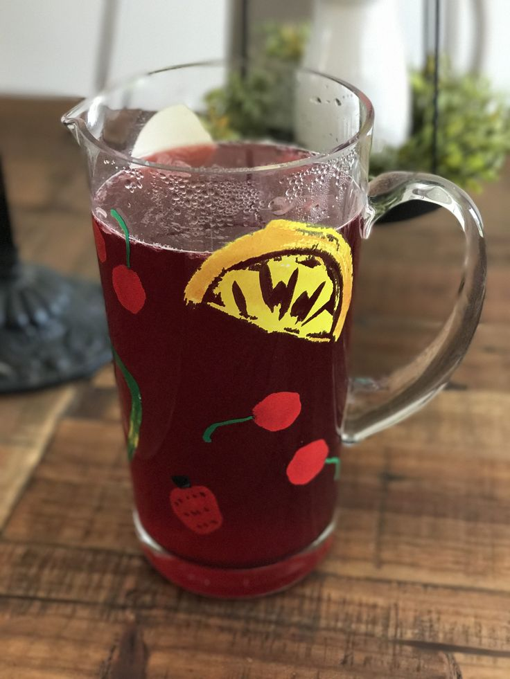 I discovered Passion Tea Lemonade from Starbucks about 7 years ago… and I've been in love ever since. The closest Starbucks is 40 minutes away from me, so I can't just decide one dayto go grab a drink. That's when I started thinking… why can't I just make this myself? I'dseen the Tazo brand tea …