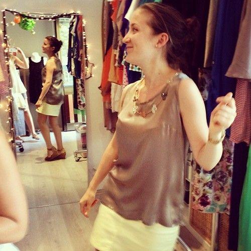 Dünkü öğle arası alışveriş kaçamağında İpekin ipek bluz seçimi./Ipeks fav. silk blouse at Yesterdays lunchtime shopping. @mrvsarikaya @minikbulut @Ipek Bankeroglu #lunchtimeshopping #lunch #shopping #oglearasialisverisi #designroom #designroomgroup #drbasics #ss13 #collection #etiler #istanbul #igersbest #instamood #instafashion #instadesign #fashion #moda #gununkaresi #picoftheday #photo #butik #boutique #design #clothing #igers #stil #style #basics #silk #happycustomers