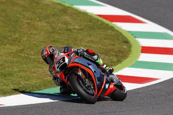MotoGP 2015: Aprilia at Mugello circuit.  #aprilia #bearacer #ItalianGP #Imola #MotoGP