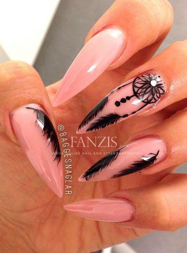 Long Nail Design with Dreamcatcher and Feather. Very pretty! I have to say, I am really into this feather design.