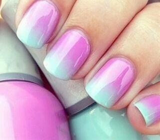 Beachy Manicures You Can Do at Home