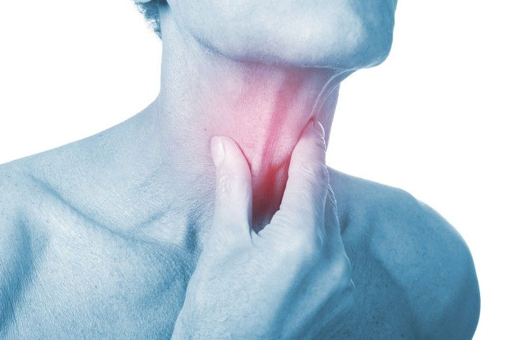 What are the symptoms of strep throat and which natural home remedies can I use to fight it? Here is your strep throat guide.