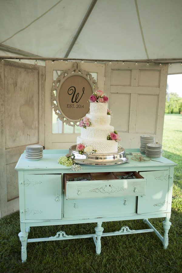 A Stunning Shabby Chic Wedding In Rainsville, Alabama