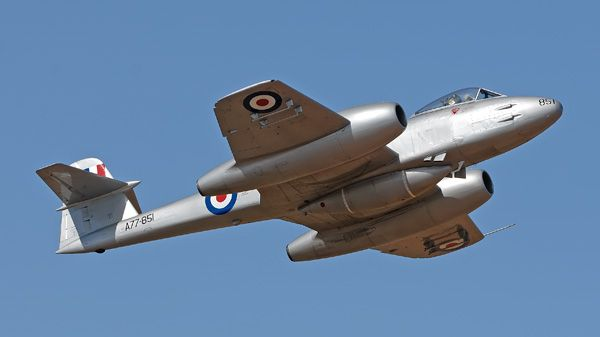 -Gloster-Meteor-מטאור