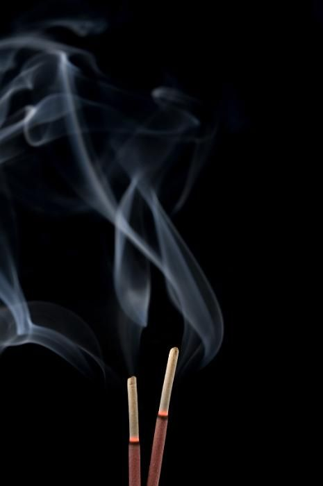 relaxing scent of burning incense sticks - free stock photo from www.freeimages.co.uk