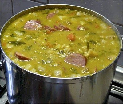Hollandse Erwtensoep Winter Hunger: Dutch Pea Soup #Holland #Netherlands