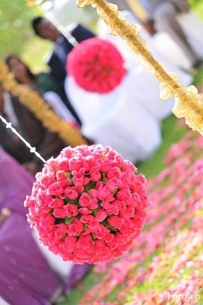 Floral & Decor http://maharaniweddings.com/gallery/photo/16001