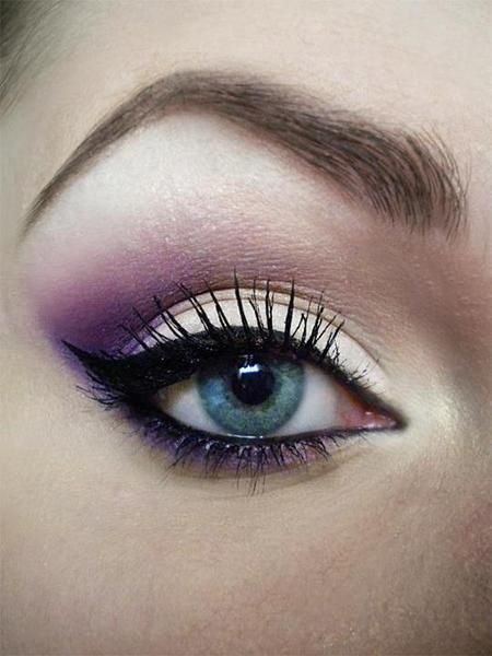 cat eye with a faint hint of purple eye shadow, sexy
