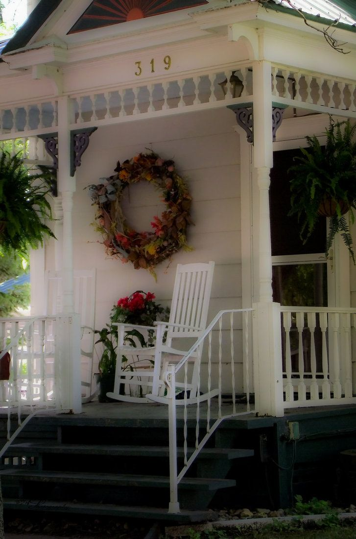sweet little front porch                  ****Vintage House, Country Porches, Sweets, Cottages Front Porches, House Numbers, Country Life, Fall Porches, Dreams Porches, Outdoor Spaces