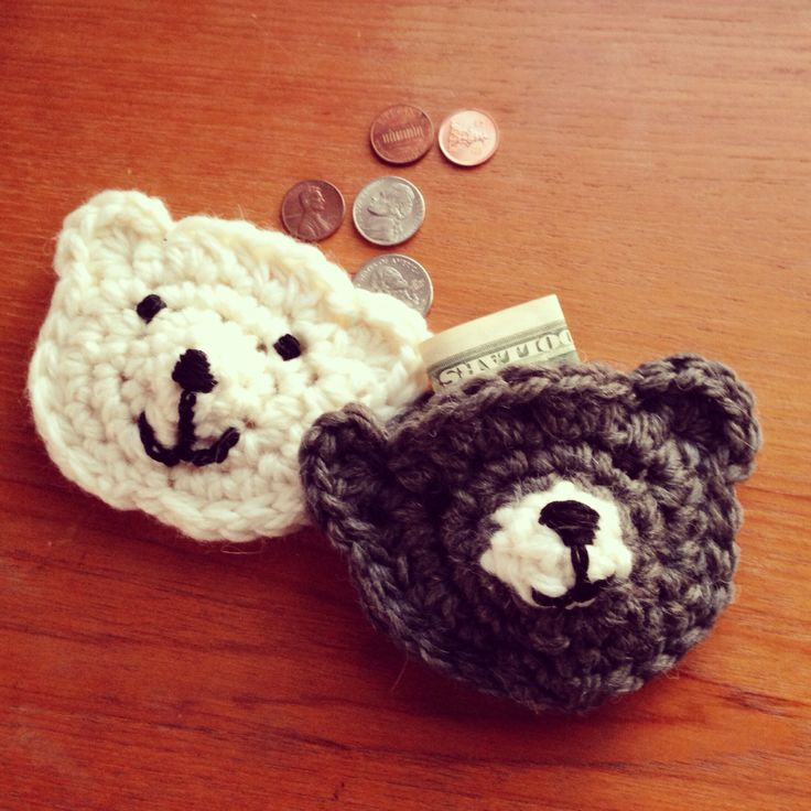 Crocheted tiny bear purse for kids and fashion girls xoxo