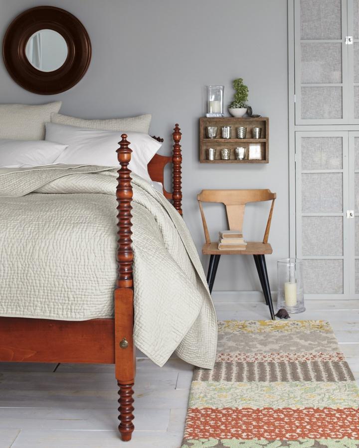 Farmhouse Spool Bed