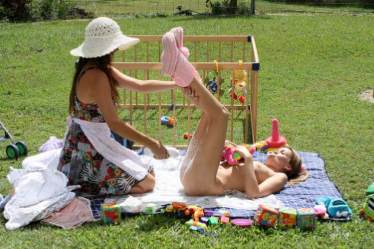 Back yard diaper change. | Soooo Cute | Pinterest | Diaper change ...