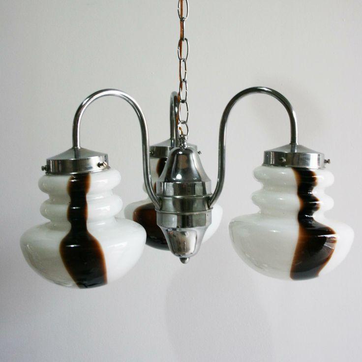 Lámpara de tres brazos opalina coloreada