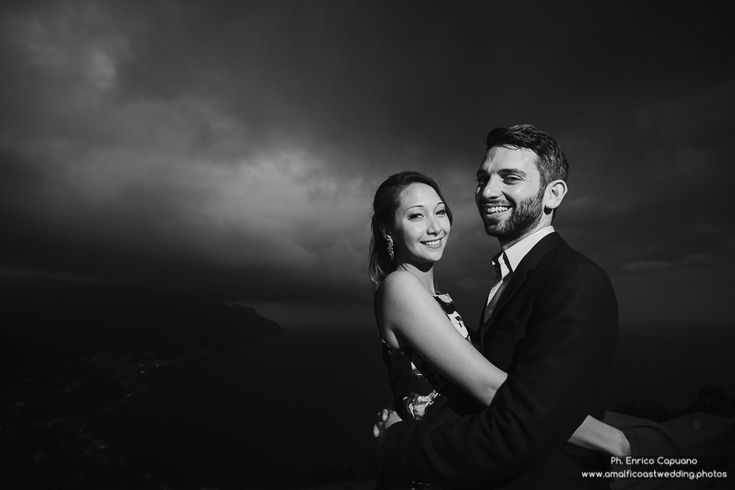Find out more photos at www.amalficoastwedding.photos Jewish wedding anniversary party in Ravello on the Amalfi Coast, in the exclusive Villa Eva.  Photo by Enrico Capuano, professional engagement, wedding and honeymoon photographer in Ravello and on the Amalfi Coast.