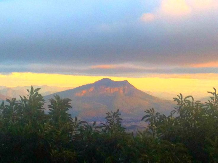 Mt Barney.
