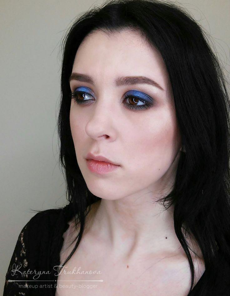 Яркий вечерний макияж для Анечки💄  #hheeled #high_heeled #kateryna_trukhanova #academy_rn #макияжкиев #визажисткиев #muakiev #mua #makeup_trukhanova #beautyblogger #бьютиблог