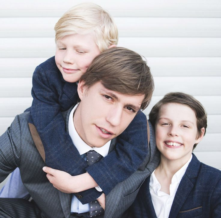 Prince Louis of Luxembourg is happily married to Princess Tessy and father of two children, Princes Gabriel and Noah © 2015 Grand Ducal House / HanaNoguchi /