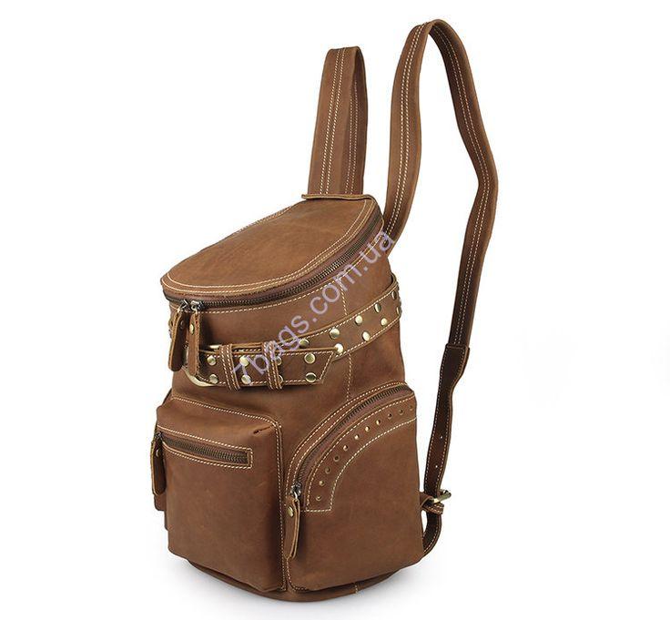 Интригующий рюкзак из мягкой натуральной кожи John McDee JD_7290B Прекрасная и стильная моделька для мужчин, которые уважают моду и приветствуют всяческие ее новинки. Выглядит красиво и ярко.
