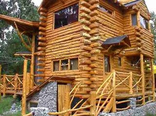Arquitectura de Casas: Cabaña rústica de troncos en Tandil.