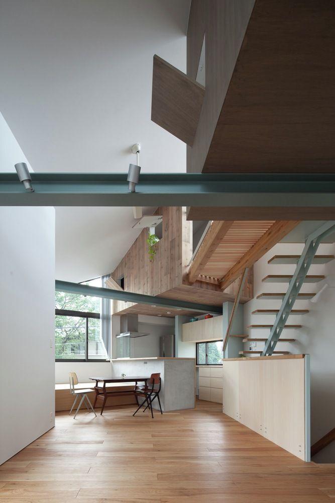 Gallery - Small House with Floating Treehouse / Yuki Miyamoto Architect - 14