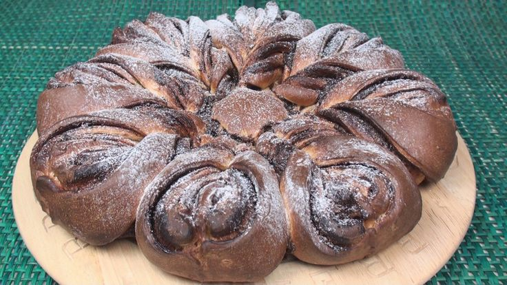 Nutella Brioche Flower is a spectacular bread both for its appearance and its taste. It's not at all difficult to make...