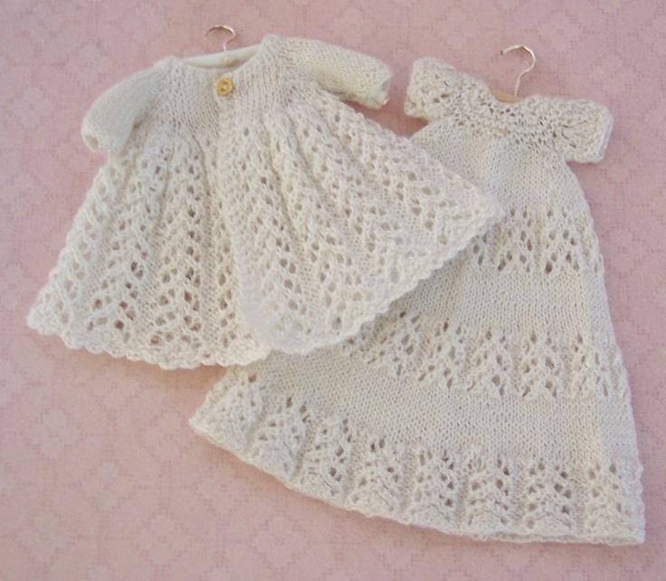 Knitting Patterns For Dollhouse Dolls : 126 best Knitting In Miniature images on Pinterest Knitting, Knitting patte...