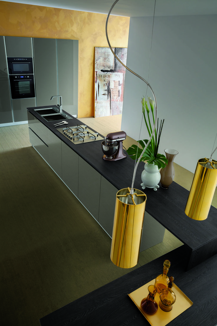 #cucine #cucine #kitchen #kitchens #modern #moderna #gicinque  http://www.gicinque.com/it_IT/products/1/gallery/2/line/67/composition/121