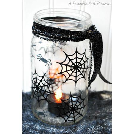 Hier gibt es ein paar tolle Deko-Ideen für Halloween - ganz leicht mit Einmachgläsern!!