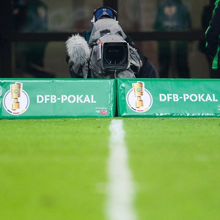 #In #mehr #als 20 #Minuten #wissen #wir wann #wir #gegen #Union Berli... #In #mehr #als 20 #Minuten #wissen #wir wann #wir #gegen #Union #Berlin #spielen werdenHeute #um 11 #Uhr #werden #die zeitgenauen Ansetzungen #der 1. #Runde bekanntgegeben. #Was glaubt Ihr: Welches #Spiel #wird #am 14. #August #live #in #der #ARD #zu #sehen sein? 😉 #Kleiner Tipp: #Borussia #Dortmund #und #der #FC #Bayern http://saar.city/?p=67036