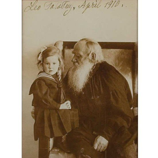 "Bibliophilia на Твитеру: ""Leo Tolstoy with his granddaughter Tatiana , 1910…"