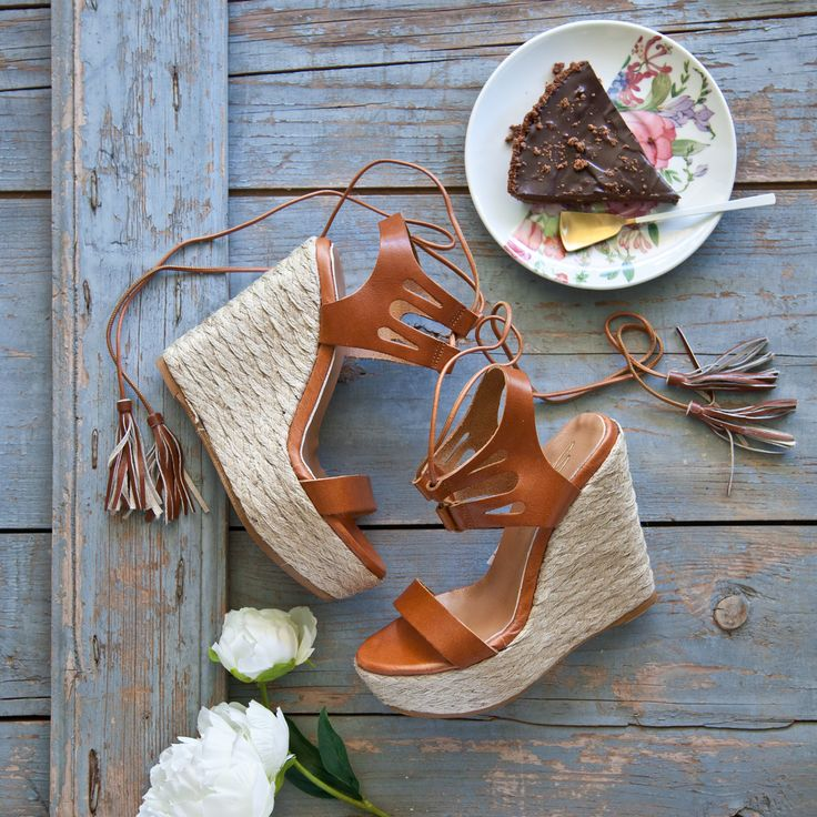 Sweet Wedges ‪#‎SanteWorld‬ SHOP ‪#‎SALE‬ in stores (SKU-92171): www.santeshoes.com