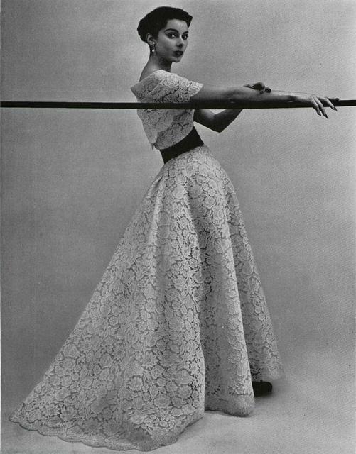"""L'officiel de la Mode 1953 """"Leonora"""" de Christian Dior"""