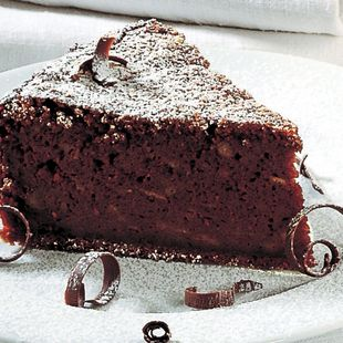 Chocolate Bread Cake. http://lacucinaitalianamagazine.com/recipe/chocolate_bread_cake