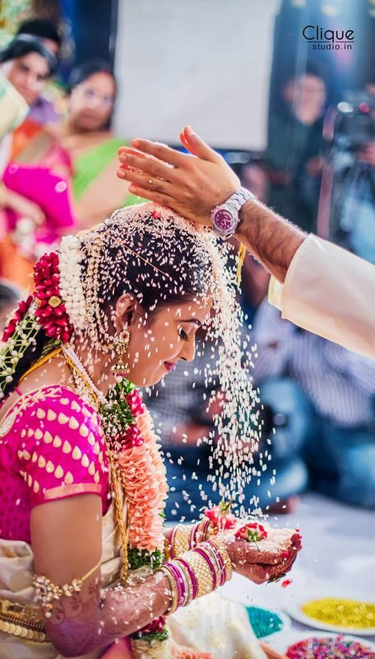 South Indian bride. Temple jewelry.Silk kanchipuram sari. Braid with fresh flowers. Tamil bride. Telugu bride. Kannada bride. Hindu bride. Malayalee bride