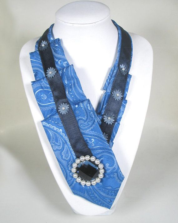 52. Krawatte für Frauen Seide blau dunkel von AleksandraSemeniuk
