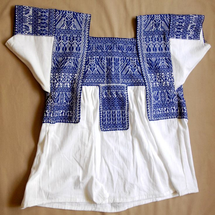 Mexico Puebla Nahua Blouse Tlacoxcalco (Teyacapan) Tags: blusas blouse sanmateotlacoxcalco mexican puebla valletehuacan textiles ropa clothing embroidered indumentaria nahua
