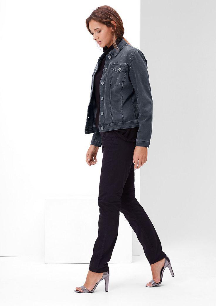 Kurze Jeansjacke mit Nieten von s.Oliver. Entdecken Sie jetzt topaktuelle Mode für Damen, Herren und Kinder und bestellen Sie online.