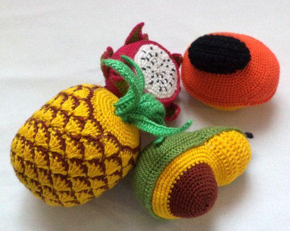 экоигрушка связана крючком фрукты ананас папайя  авокадо патая