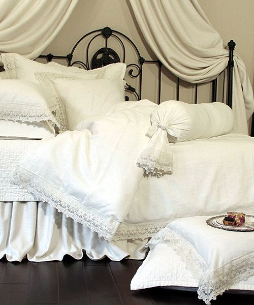 linen | Lili Alessandra . Theresa . White Linen & Lace Bed