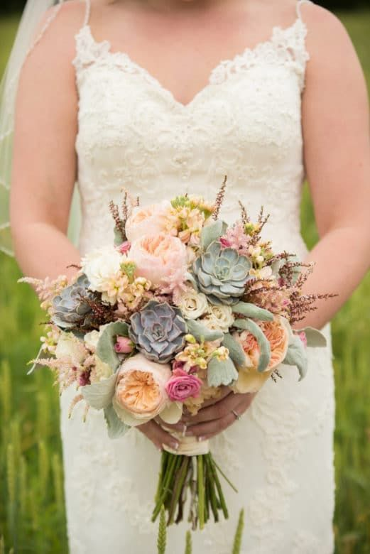 1686 best Rustic Wedding Bouquets images on Pinterest   Rustic ...