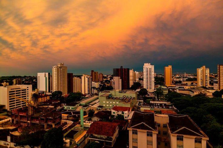 Pôr-do-sol -  Cascavel - Parana - Brasil