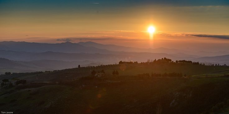 Sunset in Volterra - Taken from the outskirts of the very nice Toscan city Volterra.